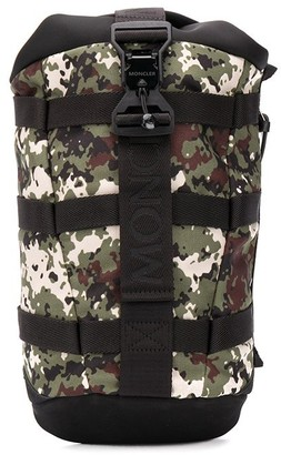 Moncler Argens camouflage-print backpack