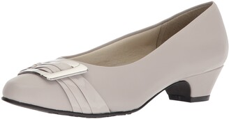 SoftStyle Soft Style Women's Pleats Be with You Pump