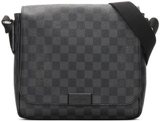 Louis Vuitton 2014 pre-owned Damier Graphite District PM crossbody bag