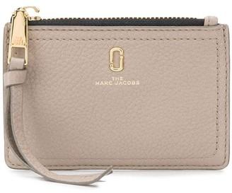 Marc Jacobs The Softshot top zip multi wallet