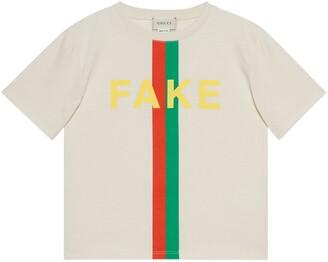 Gucci Children's 'Fake/Not' print T-shirt