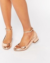 Low Heel Shoes With Ankle Strap