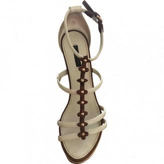 Louis Vuitton White Patent leather Espadrilles