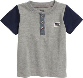 Levi's Theo Henley T-Shirt