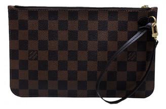 Louis Vuitton Neverfull Brown Cloth Clutch bags