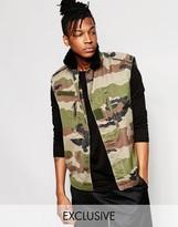 Reclaimed Vintage Sleevless Camo Jacket With Fleece Collar