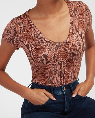 Express Snakeskin Fitted Scoop Neck Tee