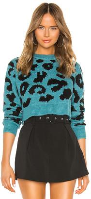 superdown Veronica Cropped Leopard Sweater