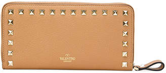 Valentino Garavani Rockstud Zip-Around Wallet