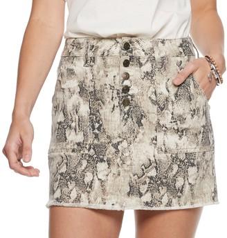 Mudd Juniors' Exposed Button Skirt