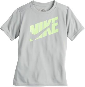 Nike Boys 8-20 Training Graphic Tee