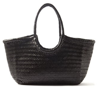 Dragon Optical Diffusion - Nantucket Woven-leather Basket Bag - Womens - Black