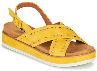 Refresh NOLI women's Sandals in Yellow