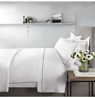 The White Company Single Row Cord 200 Thread Count Egyptian Cotton Flat Sheet