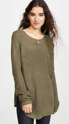 BB Dakota Jack By On A Curve Sweater