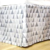 Dormify Prismatic Bed Skirt