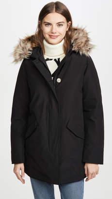 Woolrich W's Arctic Faux Fur Parka