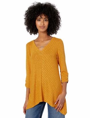 Amy Byer Women's 3/4 Sleeve V-Neck Top