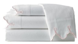 Belle Epoque 300 Tc Scalloped Embroidered Sheet Set, Queen Bedding
