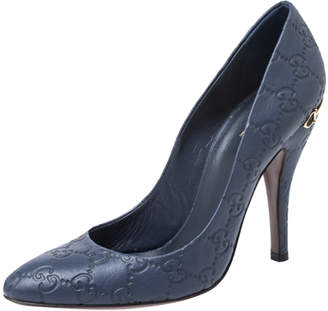Gucci Blue GG Embossed Leather Round Toe Pumps Size 38