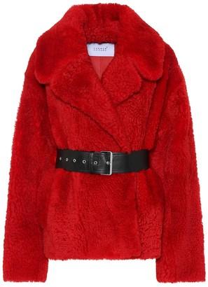 Common Leisure Love Short shearling jacket