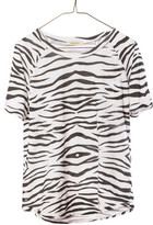 Ragdoll LA <div style=&quot;position:relative;&quot;>VINTAGE RAGLAN TEE White Zebra<div name=&quot;secomapp-fg-image-5883432901&quot; style=&quot;display: none;&quot;> <img src=&quot;//cdn.shopify.com/s/files/1/0181/7623/t/29/assets/icon-freegift.png?1721892099718129197&quot; alt=&quot;Free Gift&quot; class=&quot;sca-fg-img-label&quot; />