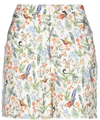 Please Bermuda shorts
