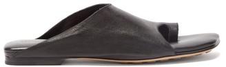 Bottega Veneta Toe-loop Leather Slides - Black