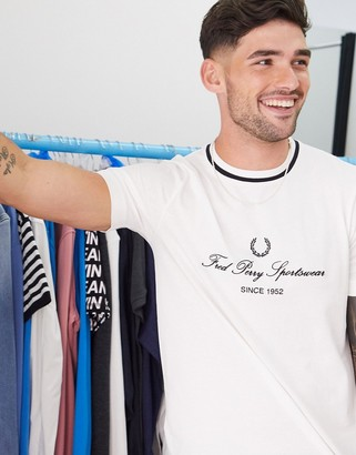 Fred Perry vintage logo t-shirt with contrast ringer in white