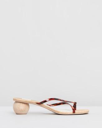 Dolce Vita Betsey Low Heels