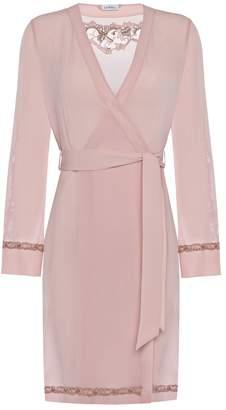 La Perla Liaison Powder Pink Short Silk Robe With Macrame Trim
