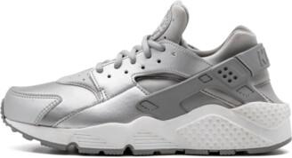 Nike Womens Air Huarache Run SE Shoes - Size 6W