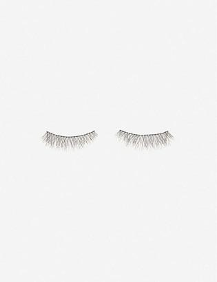 Charlotte Tilbury Fashion Natural Chic lashes