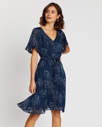Forcast Louisa Tie Waist Dress