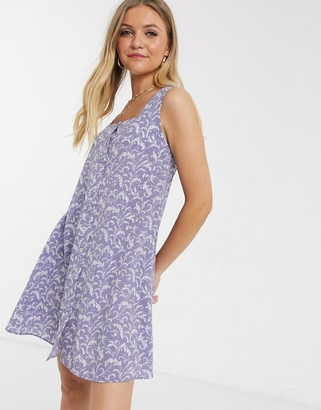 Qed London square neck swing dress in lilac floral