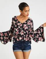 American Eagle Outfitters AE PRINTED BELL SLEEVE TOP