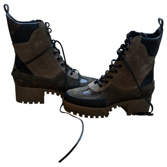 Louis Vuitton Laureate ankle Beige Suede Ankle boots