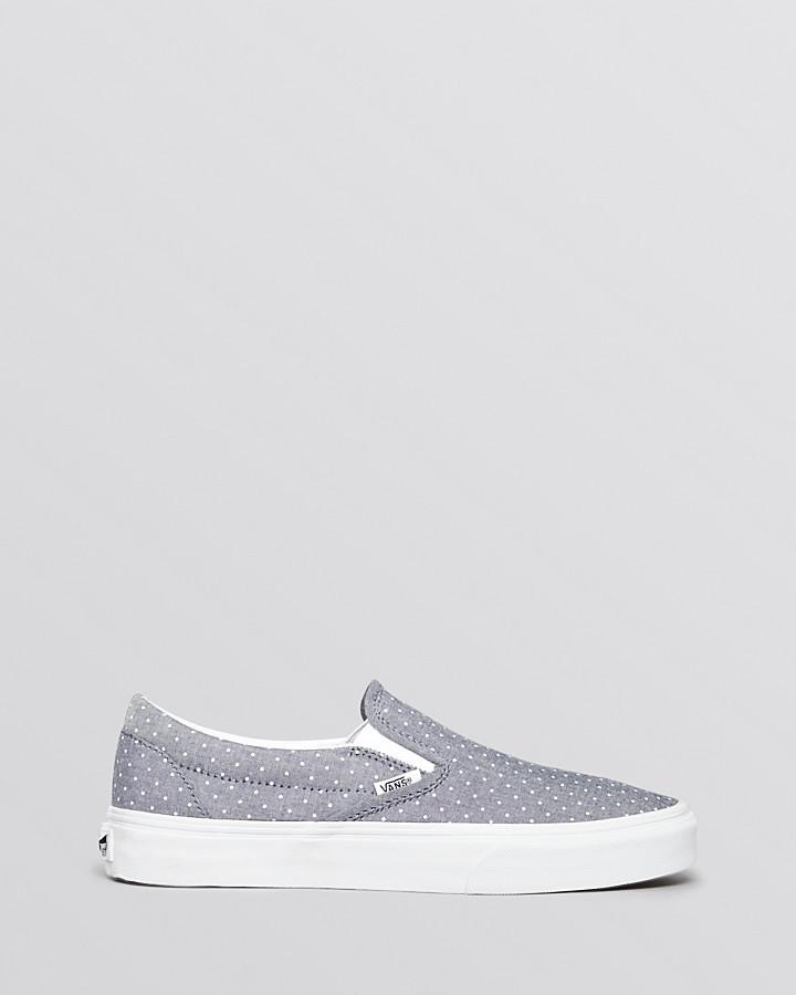 Vans Unisex Slip On Flat Sneakers - Classic