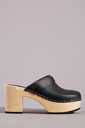 Swedish Hasbeens Louise Platform Clogs By in Black Size 36