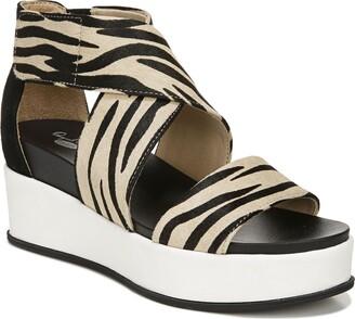 Dr. Scholl's Buena Platform Sandal