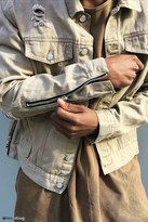 Forever 21 FOREVER 21+ Distressed Zipper Denim Jacket