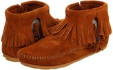 Minnetonka Concho/Feather Side Zip Boot Women's Pull-on Boots