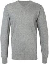 Attachment V-neck jumper