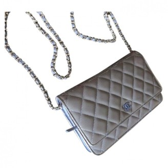 Chanel Wallet on Chain Grey Patent leather Handbags