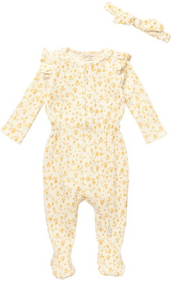 Jessica Simpson Wheat Printed Footie & Bow Set