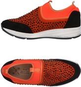 KMB Sneakers