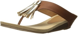 Kenneth Cole Reaction womens Great Tassel Wedge Sandal