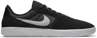 Nike SB Team Classic Skate Suede Sneaker