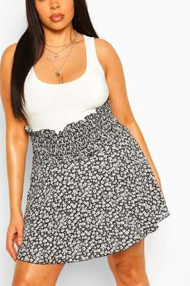 boohoo Plus Ditsy Floral Shirred Flippy Skater Skirt