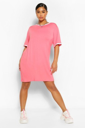 boohoo Plus Ringer T-Shirt Dress